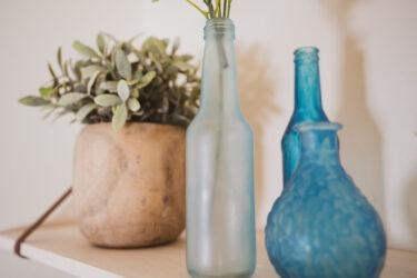 シーグラス風ボトルを簡単に作る方法。空き瓶DIY!夏にオシャレなインテリア雑貨